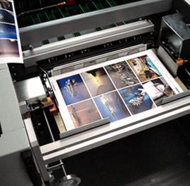 печать визиток с тиснением